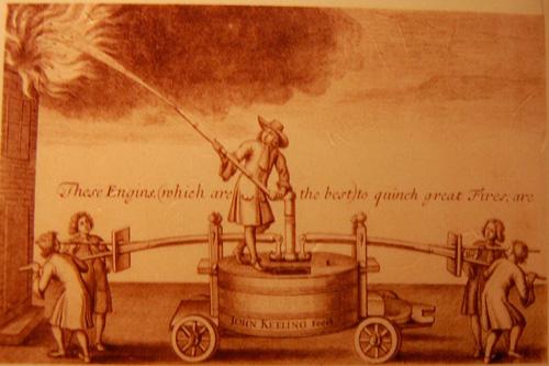 sejarah alat pemadam kebakaran berawal dari london 1666