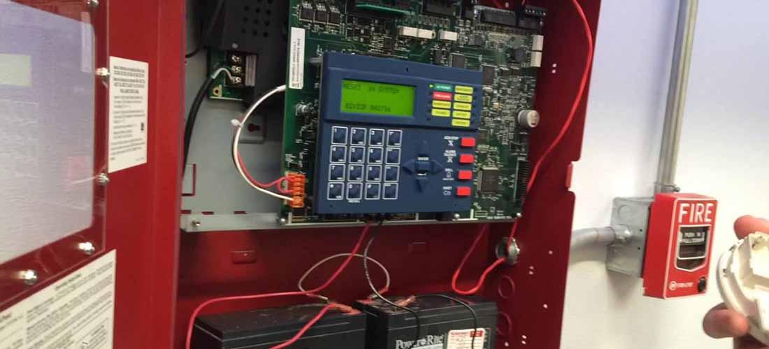 standar supervisi fire alarm menurut nfpa